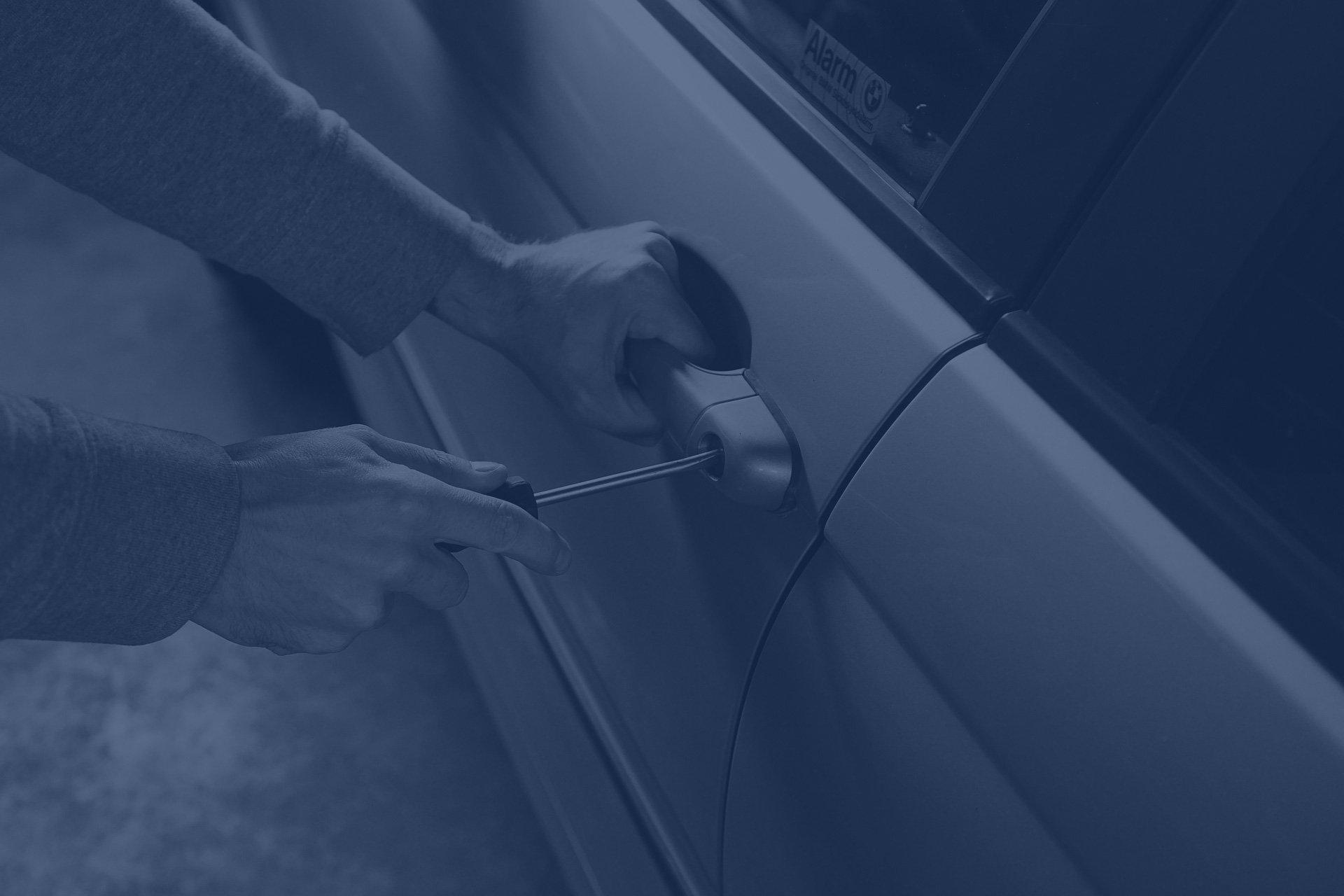blue-car-theft